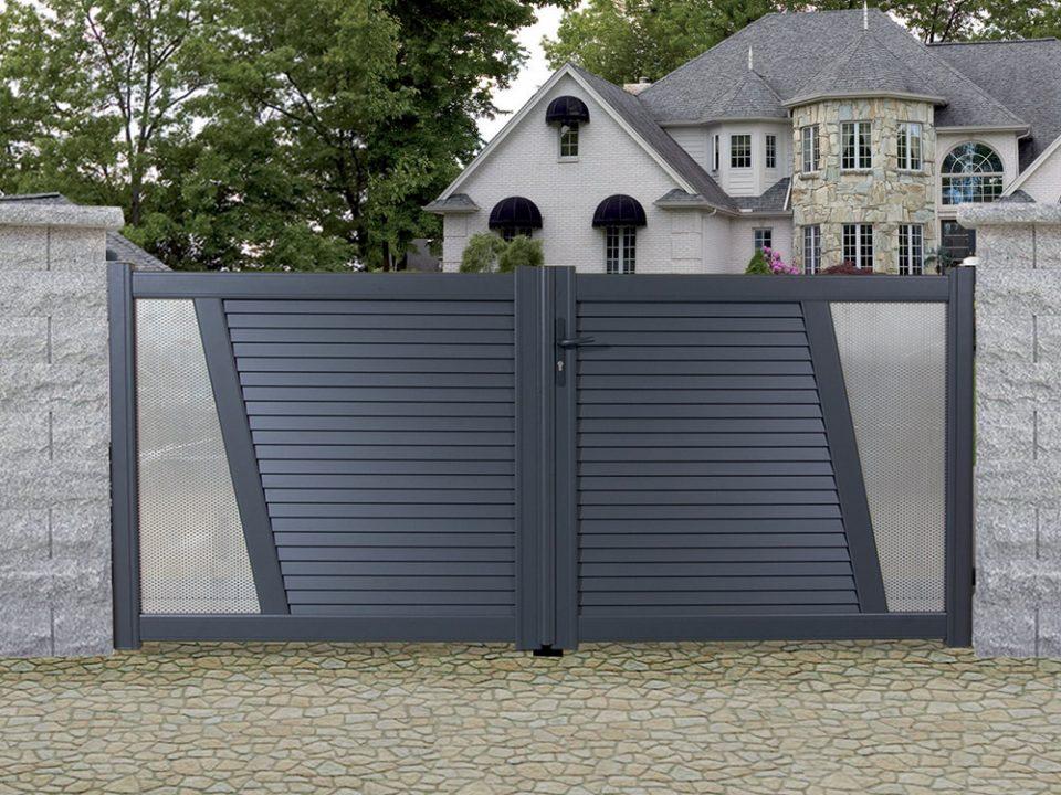portail extérieur pvc